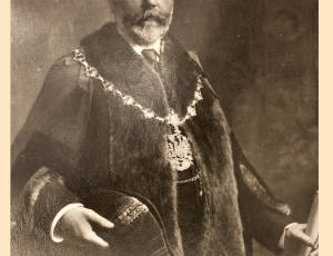 1902-1903 and 1906-1907, W Horrocks, Mayor of Leigh