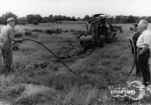Mitcham Golf Course: Laying water pipes