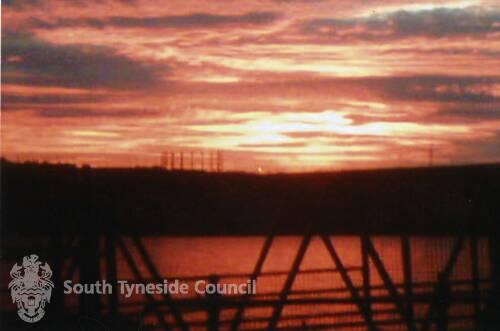 Sunset across the Tyne