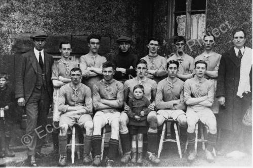 Ecclesfield United football team in the 1920s.jpg