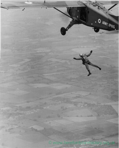 171 - Free-falling from army aircraft