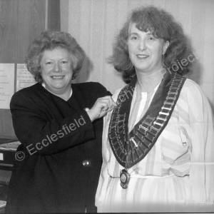 EPC Handing over the Chain of Office May 1994