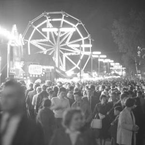Crowds at the Hereford May Fair, 1962