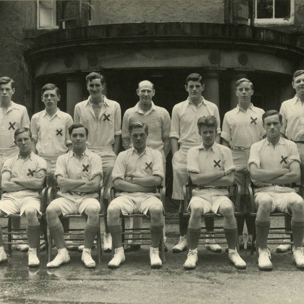 Cricket_1945_Loretto-School-1st-XI-Schools-Champ's.jpg