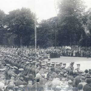 The unveiling of the Reading and Berkshire War Memorial by the Lord Lieutenant of Berkshire, Mr. J. H. Benyon, 27 July 1932