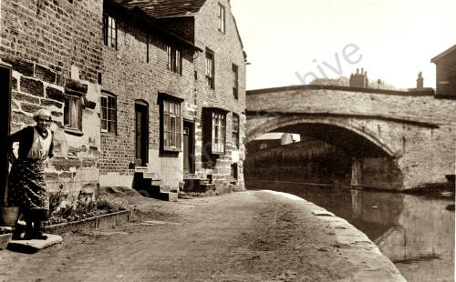 Canal cottages