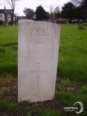 Gravestone of Ernest E Hewer