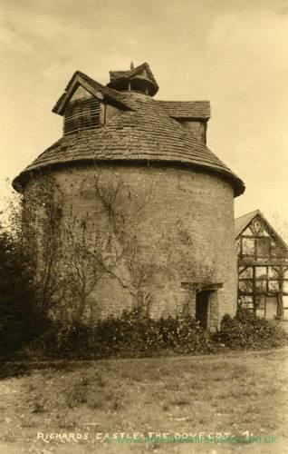 1026 Richards Castle - The Dove Cot.jpg