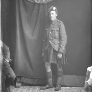 Solider in uniform, possibly 6th Battalion Queen's Own Cameron Highlanders