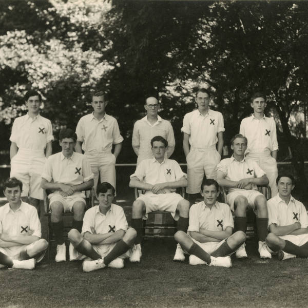 Cricket_1942_Loretto-1st-XI.jpg