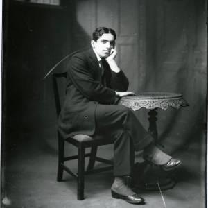 G36-017-12 Seated man wearing spats.jpg