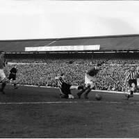 19491217 Newcastle Phillips