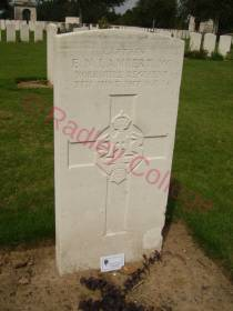 WW1 Lambert grave Aug 2010