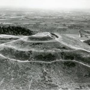 Li14985 Aerial photo of Hereford Beacon - Malvern.jpg