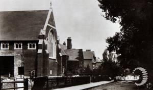 St. Saviour's Church and parochial hall, Raynes Park