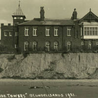Beachside Towers