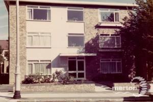 Pepys Road, No.6: Gwynne Court