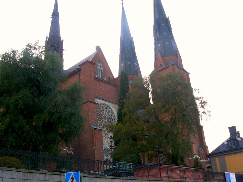 Inte långt från vår förening ligger Uppsala domkyrka