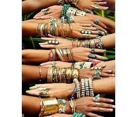 Renk renk her tarza uygun trend İlkbahar koleksiyonu Kenan Takı'da... , Kenan Takı, Denizli - Merkezefendi