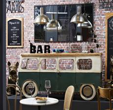 amadeus_bar_van_industrial