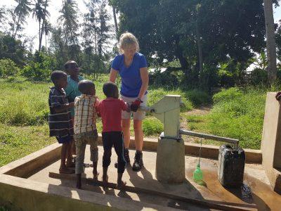 school_expedition_kenya_impact_water_pump-1