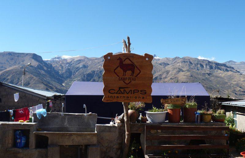 camps_international_colca_peru_entrance_social_area