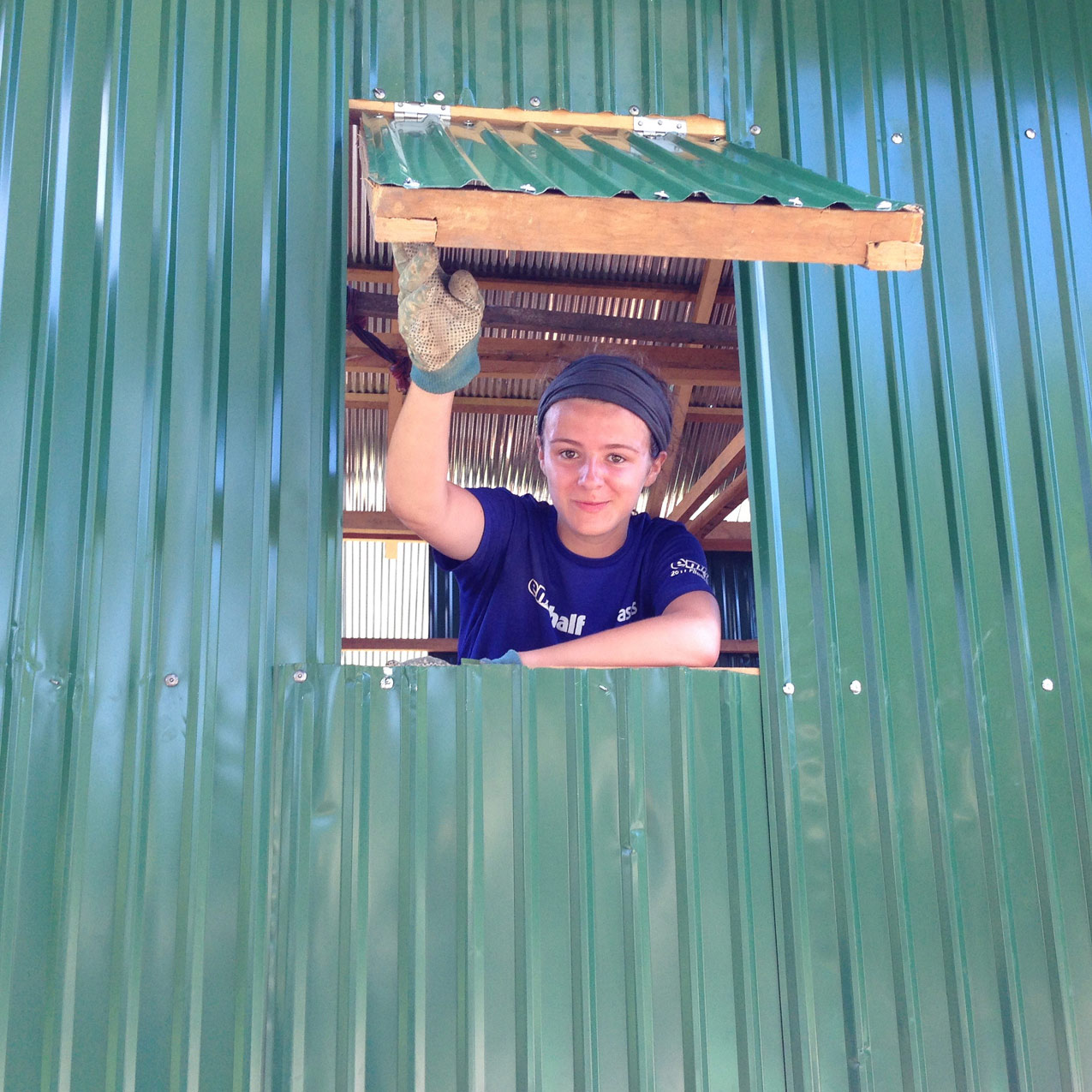 school_expedition_cambodia_scuba_local_house