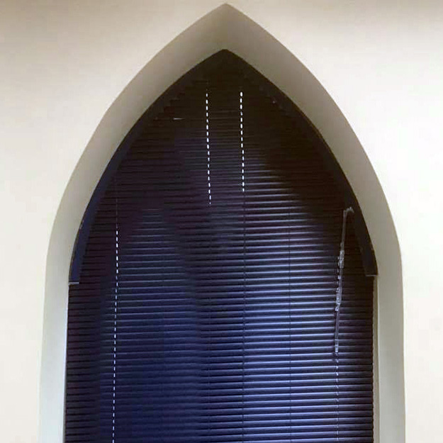 Arched Venetian Blind