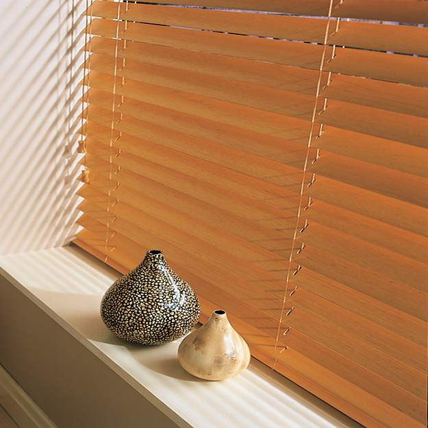 Maple Glow Close Up Wooden Venetian Blinds