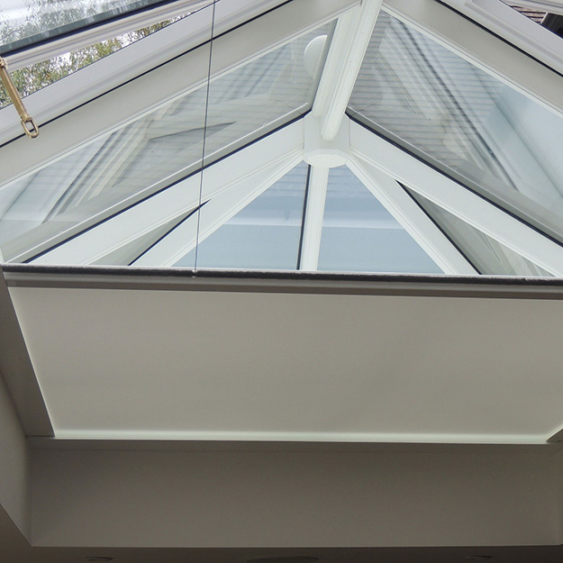 Obscura Blind roof