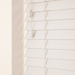 Glacier wood venetian blind