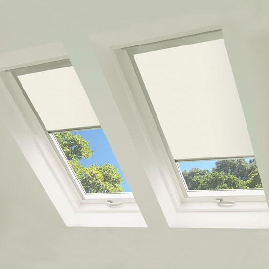Excel MO6 Roof Blind in Cream