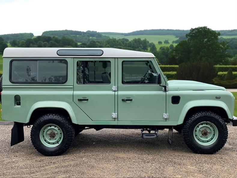 LAND ROVER DEFENDER COMMERCIAL 2015 Image 4