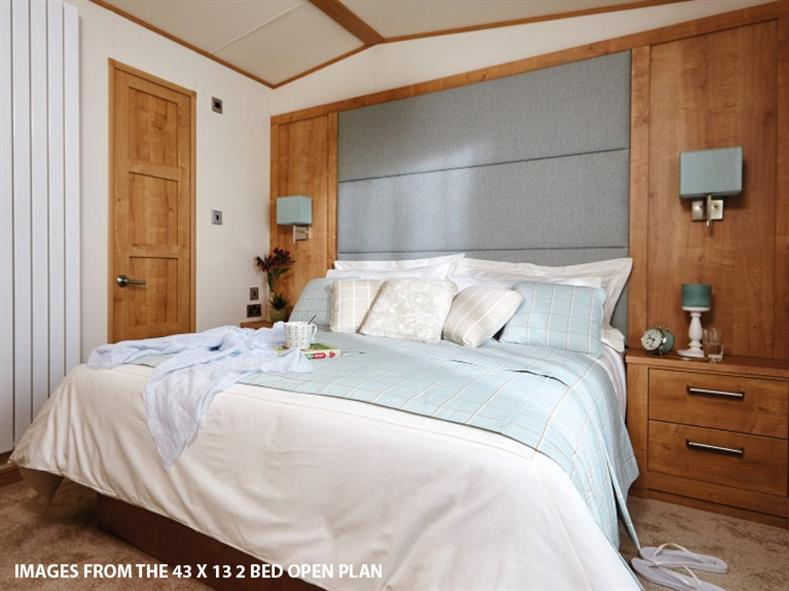 ABI-HOLIDAY-HOMES-THE-WESTWOOD-BEDROOM-1-2016