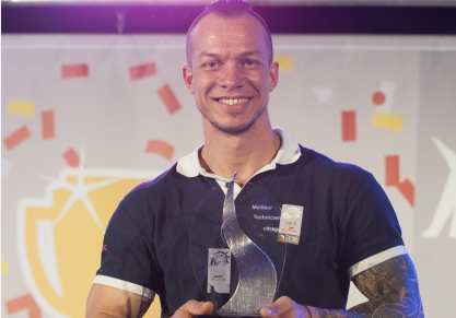 4 Février 2016 - Jean-Michel Fontaine, du Centre CARGLASS® de Forbach, sacré Champion de France de remplacement de pare-brise 2016.