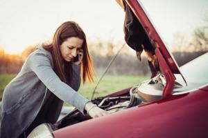 11-probleme-batterie-voiture-defectueux-hs