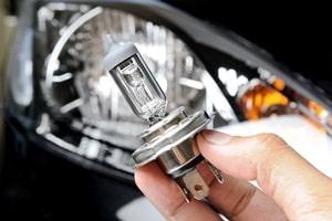 161-diagnostiquer-optique-phare-voiture