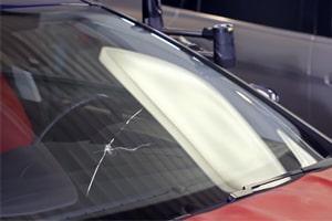 201-arreter-fissure-pare-brise-impact-voiture