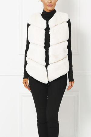 Lynn Faux Fur Gilet in Ivory