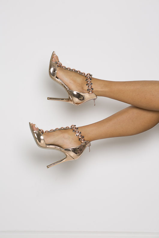 Lucia Studded Patent Leather Sandals in Rosegold