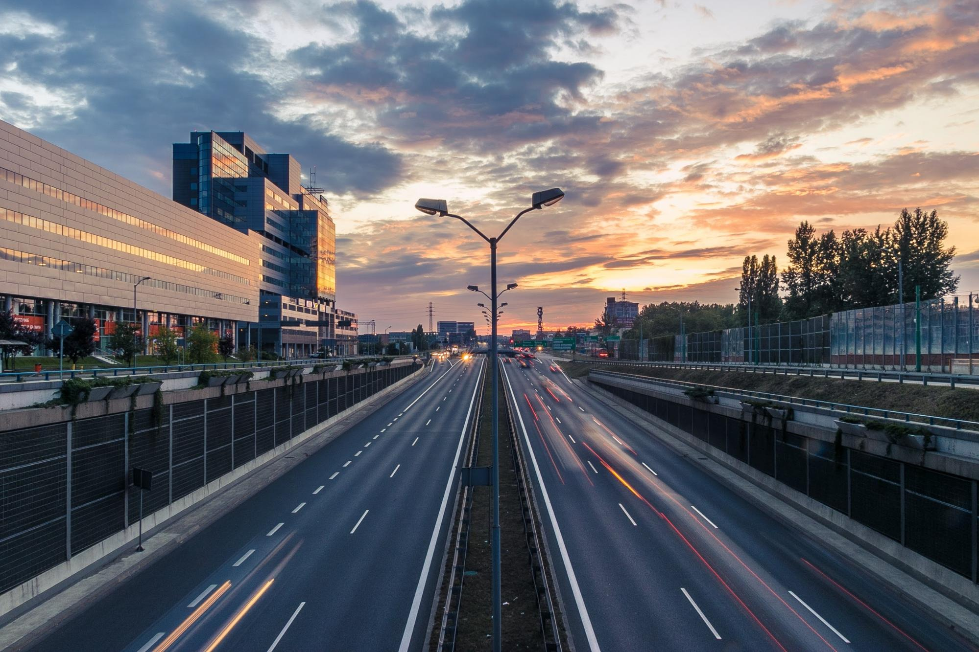 How to Avoid Cross-Border Fees in Car Rental