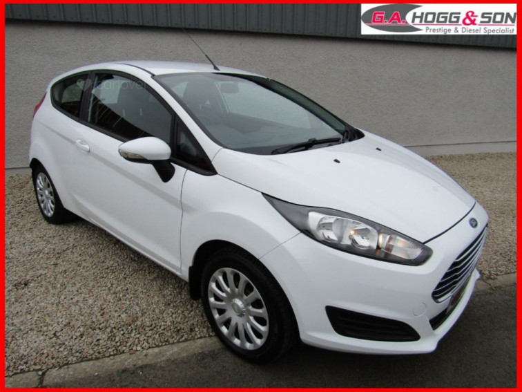 2014 Ford Fiesta 1.2 STYLE 3dr 60 BHP ONE LADY OWNER FROM NEW