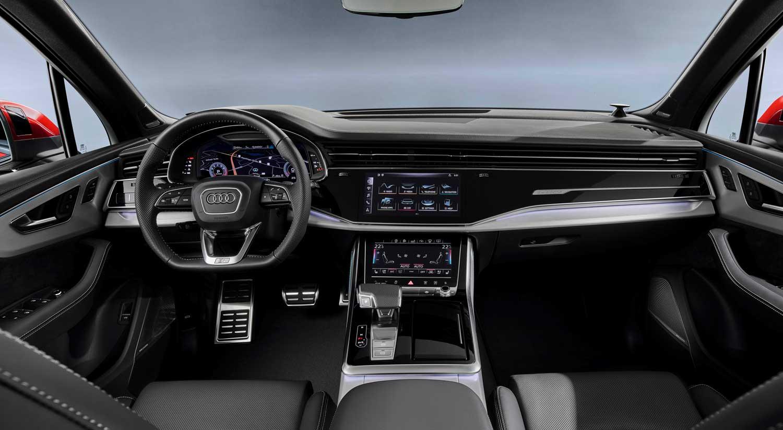 Interior Audi Q7 Carnovo