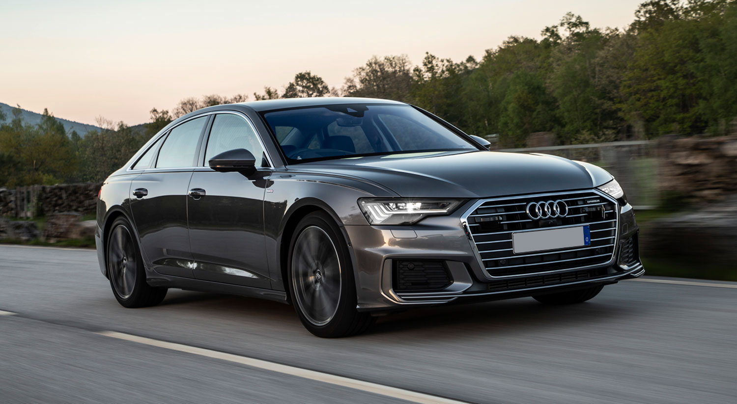 Audi A6 frontal