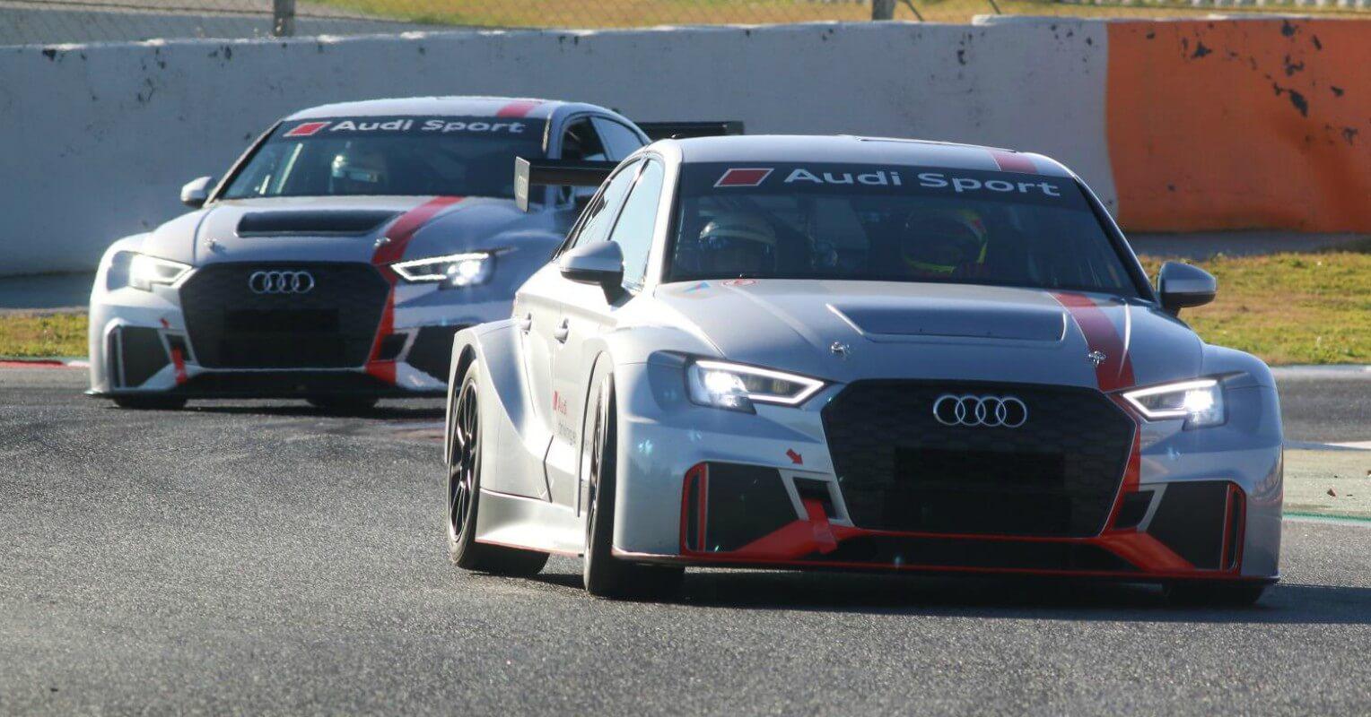 Audi entrega coches nuevos al FC Barcelona