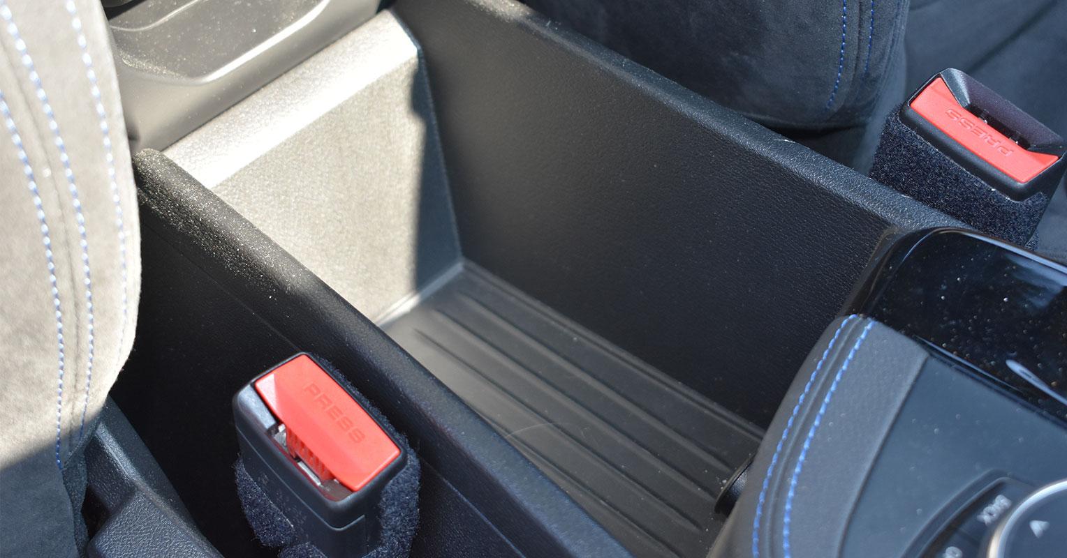 Hueco de la guantera del BMW X2