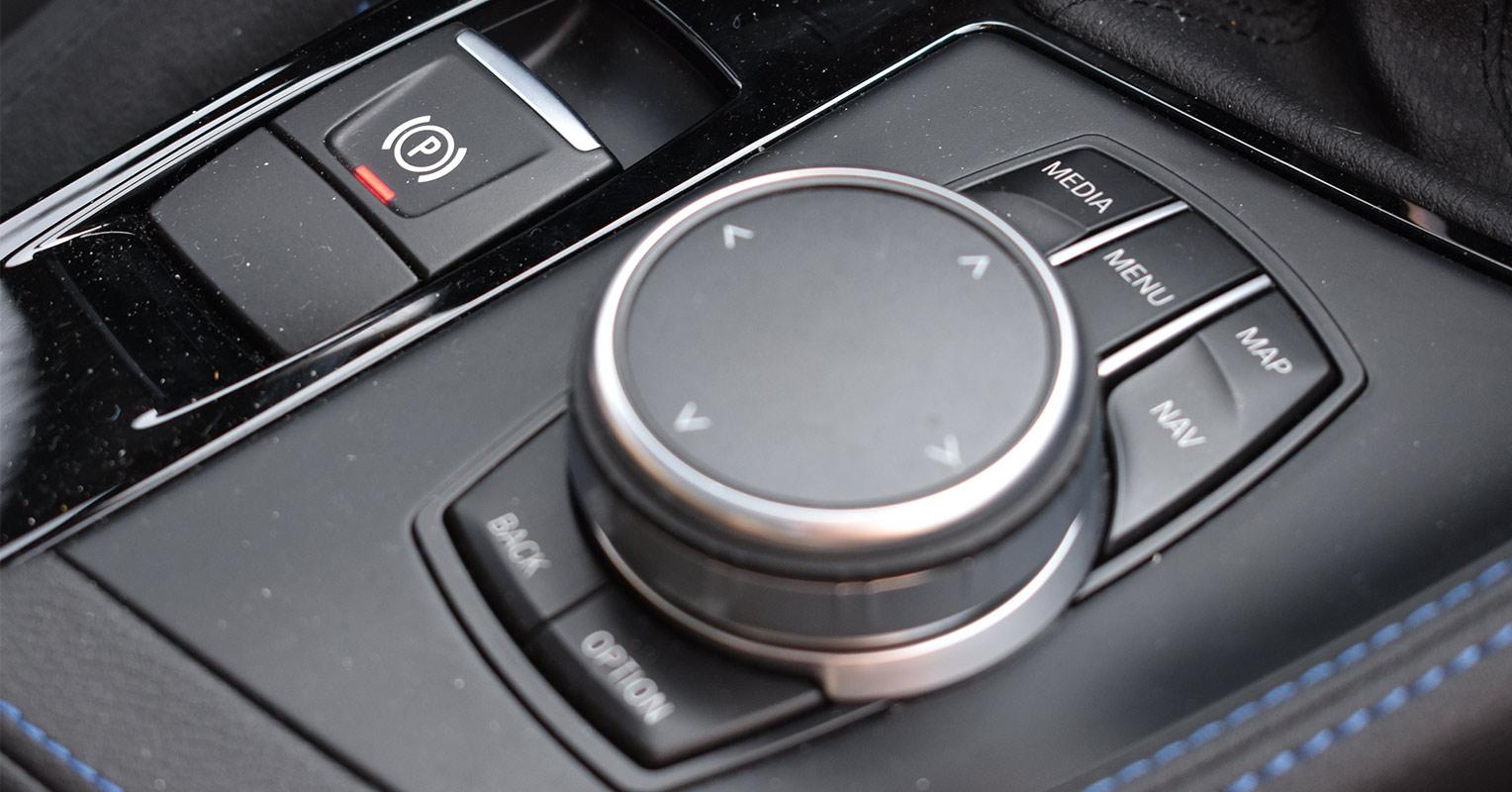 Mando iDrive del BMW X2