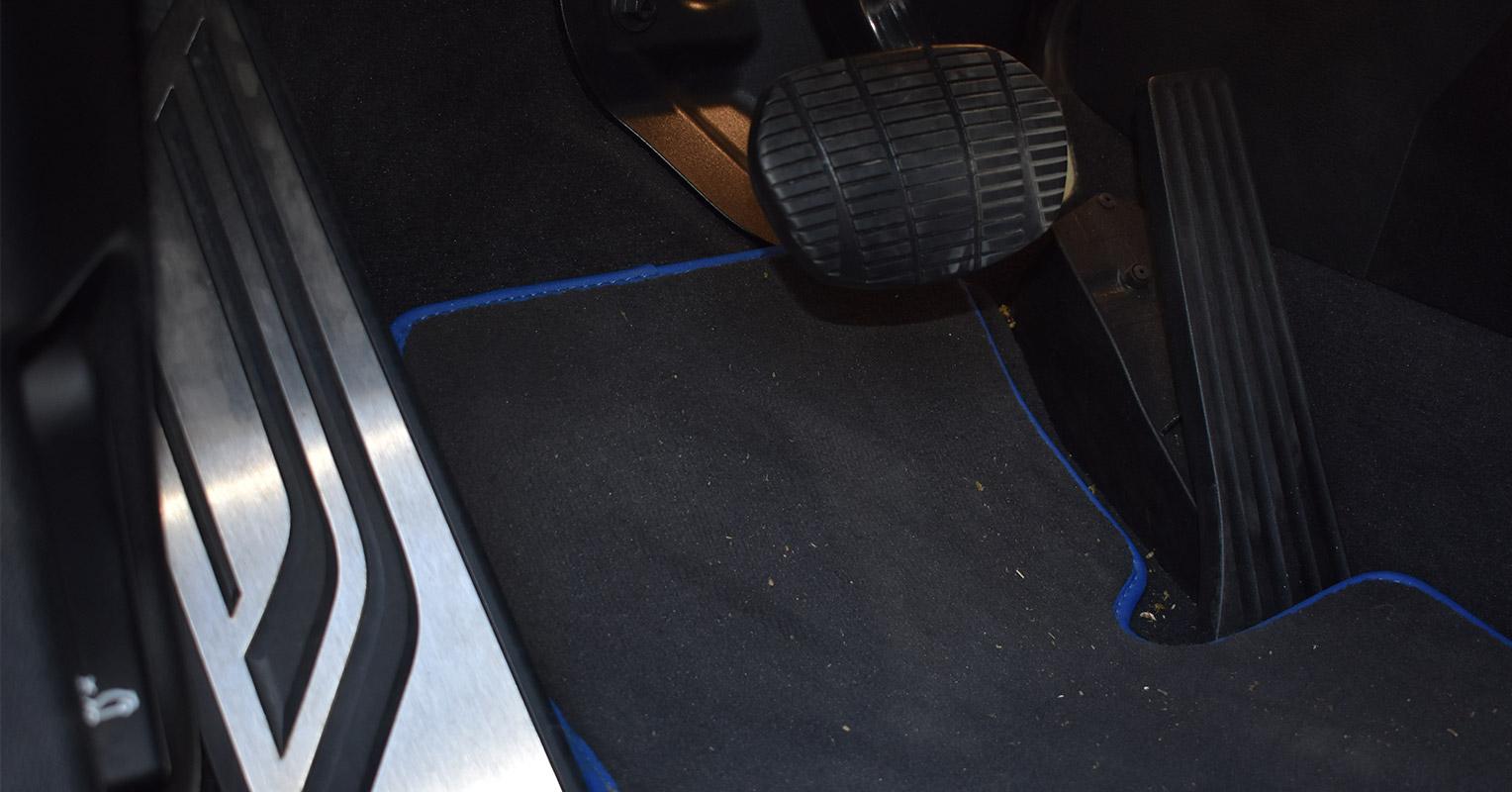 Pedales del BMW X2
