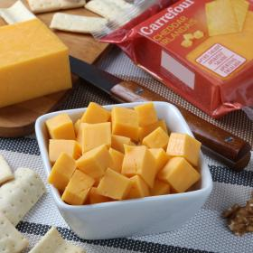 Carrefour queso cheddar porcion de 300g.