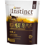 True Instinct high meat alimento gatos adulto altamente proteico envase de 1kg.